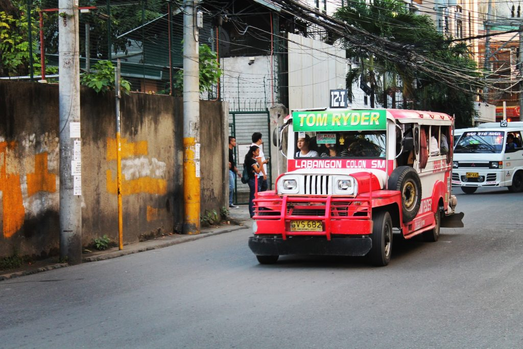 Și Cebu City are jeepneey-urile l