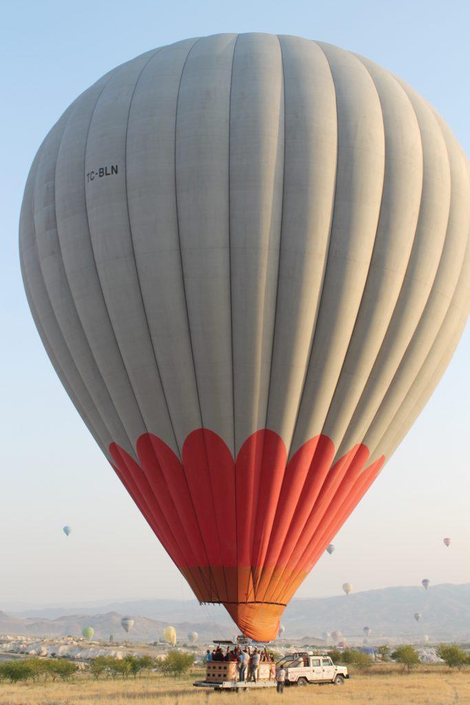 Aterizarea balonului