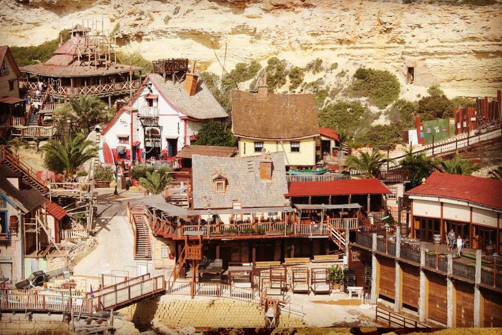 Popey Village a fost construit în 1979.