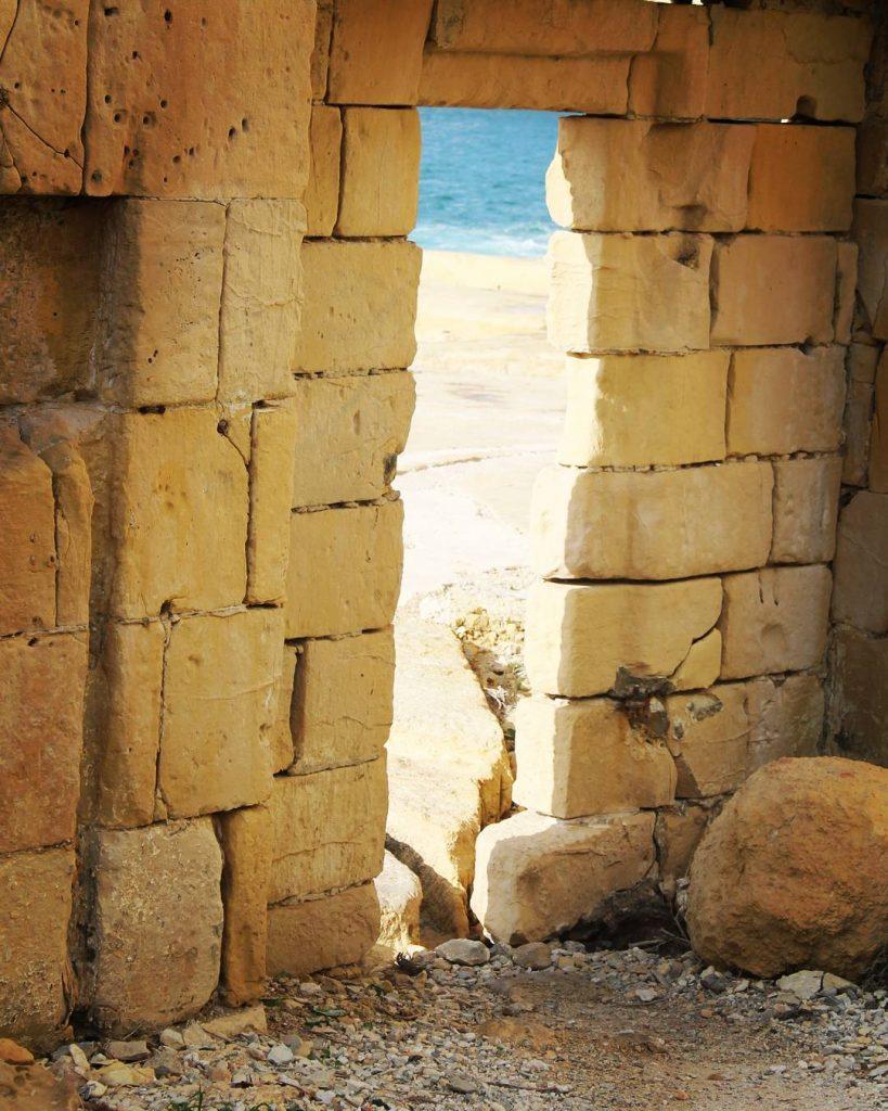 Poarta secretă către mare
