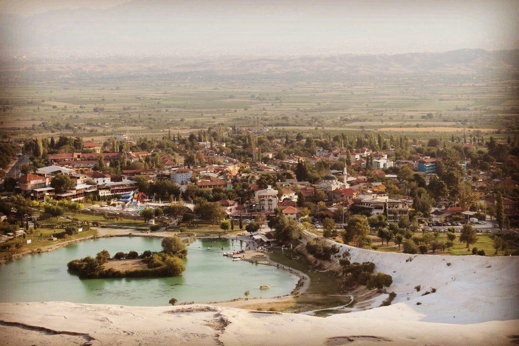 Satul văzut de sus
