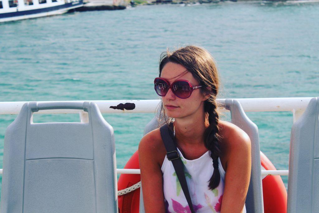 În ferryul de Eceabat, fără să fi mâncat de mult