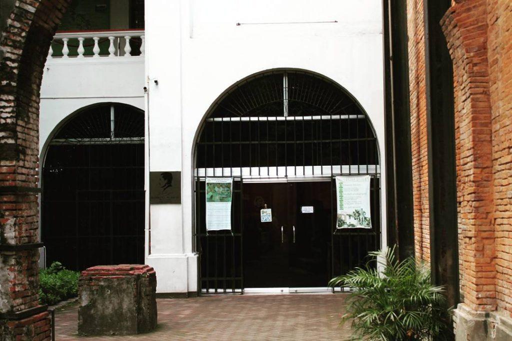 Intrarea în muzeul lui Jose Rizal