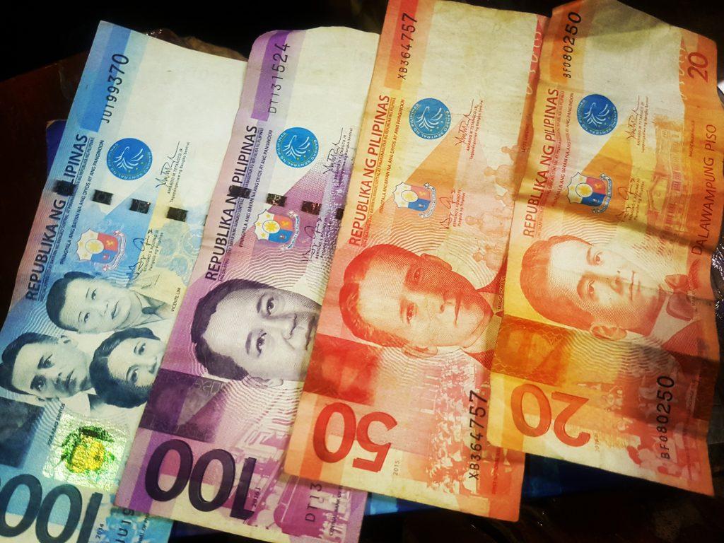 Pesos filipinez.
