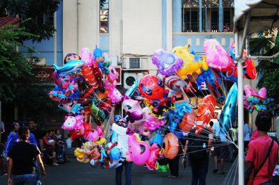 Cebu este un oraș plin de agitație, zgomot, ritm, culori, aglomerație și entuziasm.