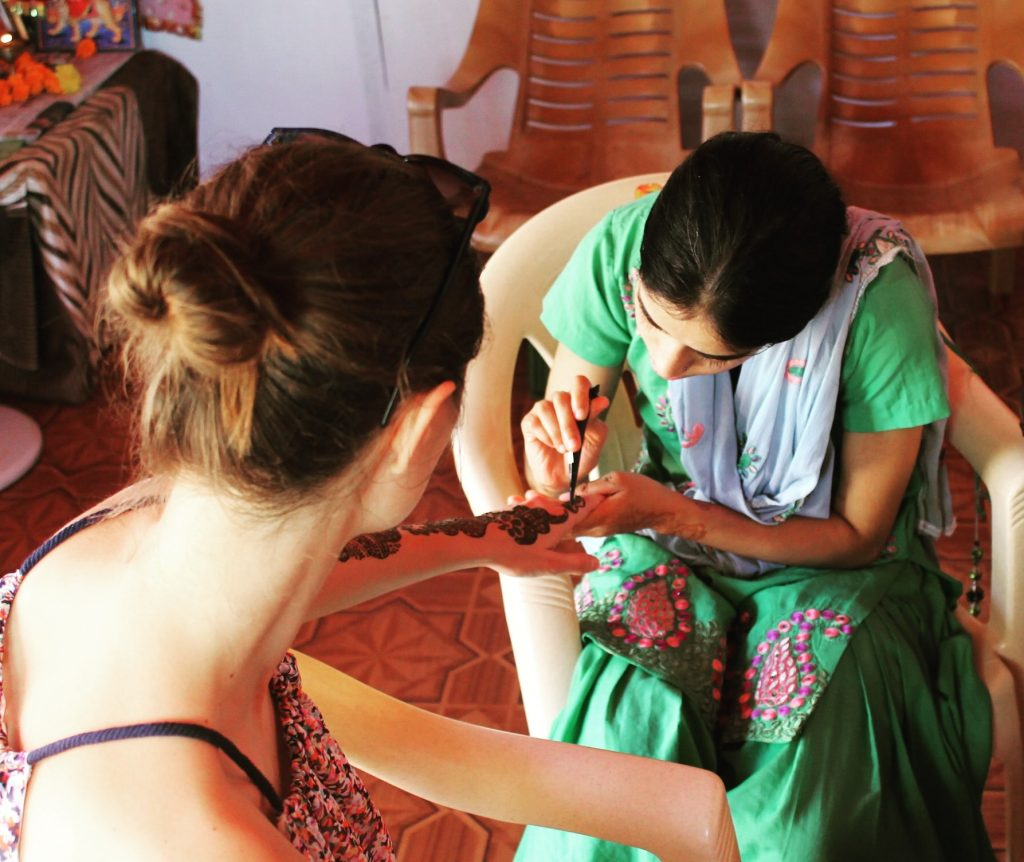 Henna ad-hoc, în India