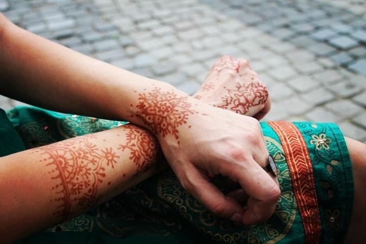 Unul dintre primele desene cu henna