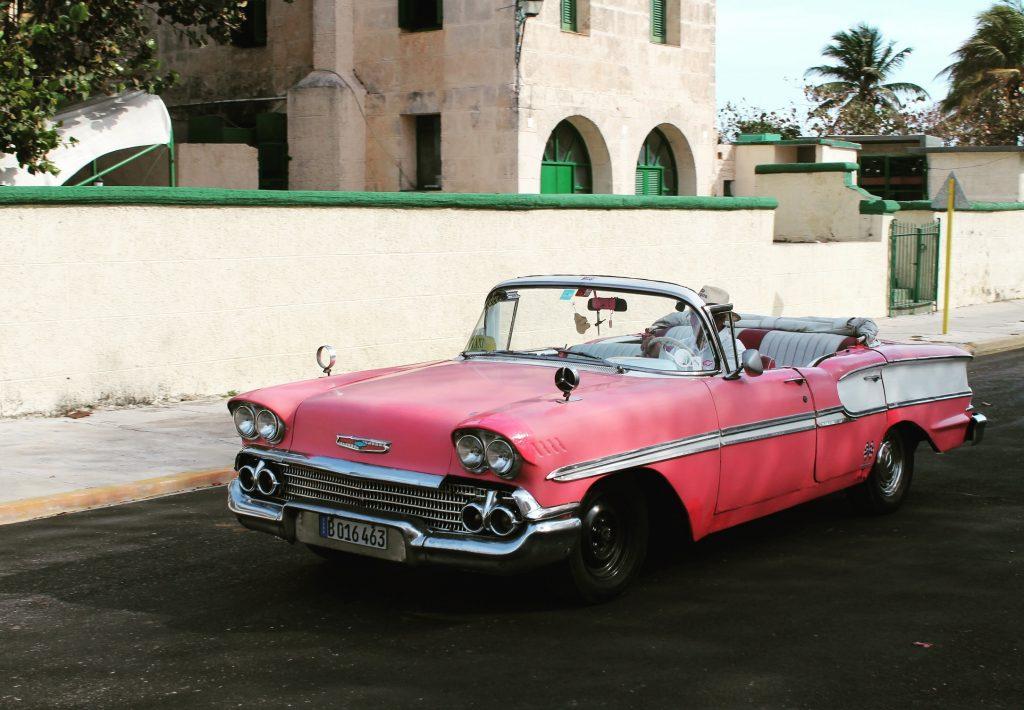 Mașinile din Varadero sunt mai fancy și mai bine întreținute