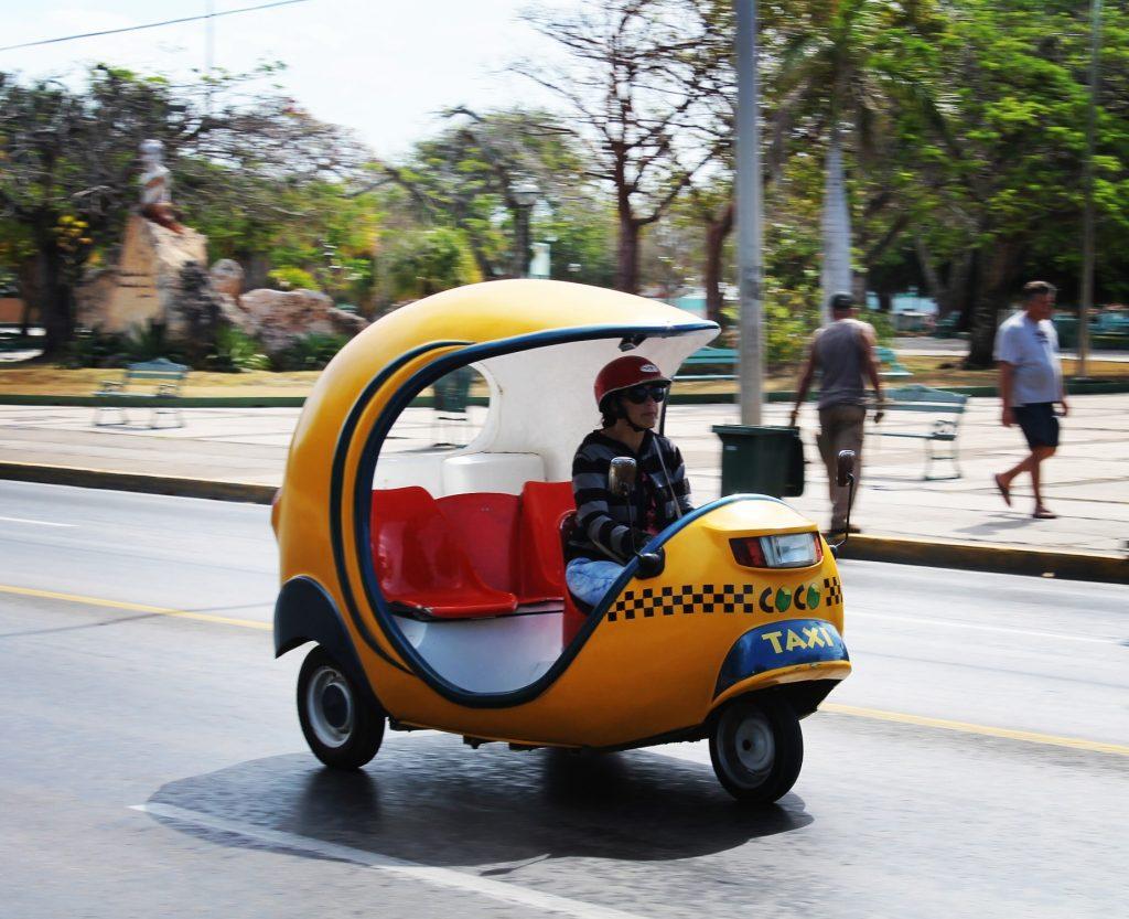 Simpaticele coco-taxi