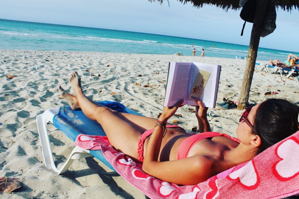 Activități din Varadero - plajă și citit