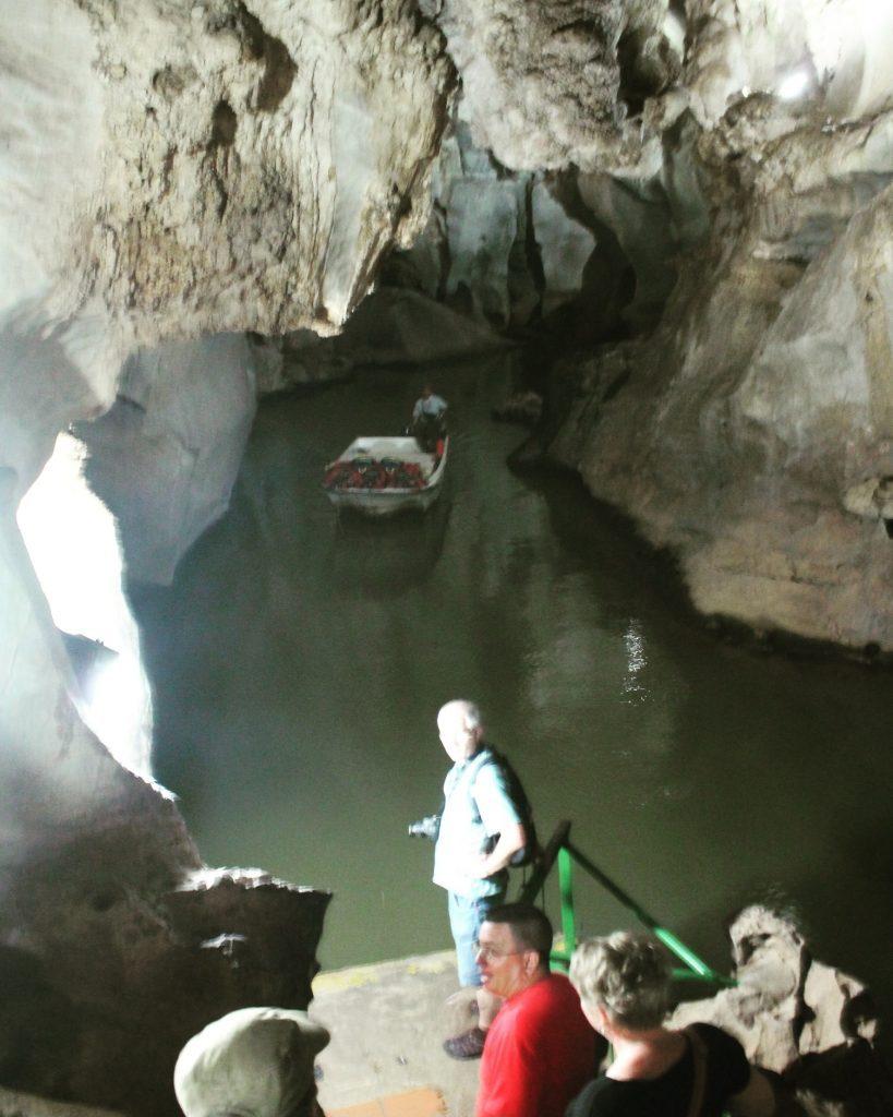 Râul subteran