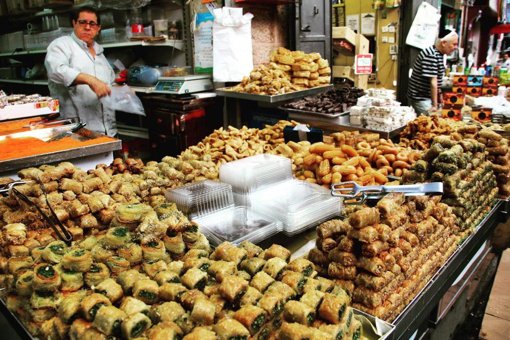 Baclava în piața Mahane Yehuda, Ierusalim