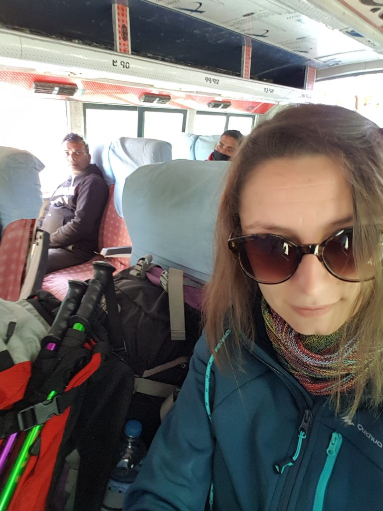 Veselie în autobuz