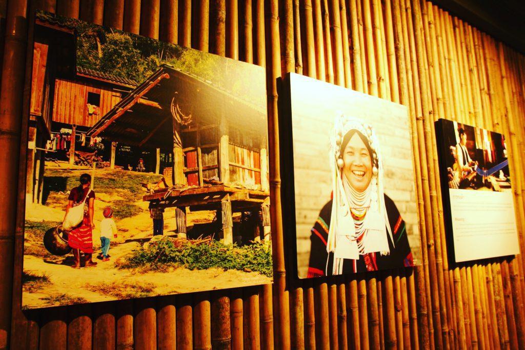 Secțiunea dedicată triburilor din nordul Thailandei.