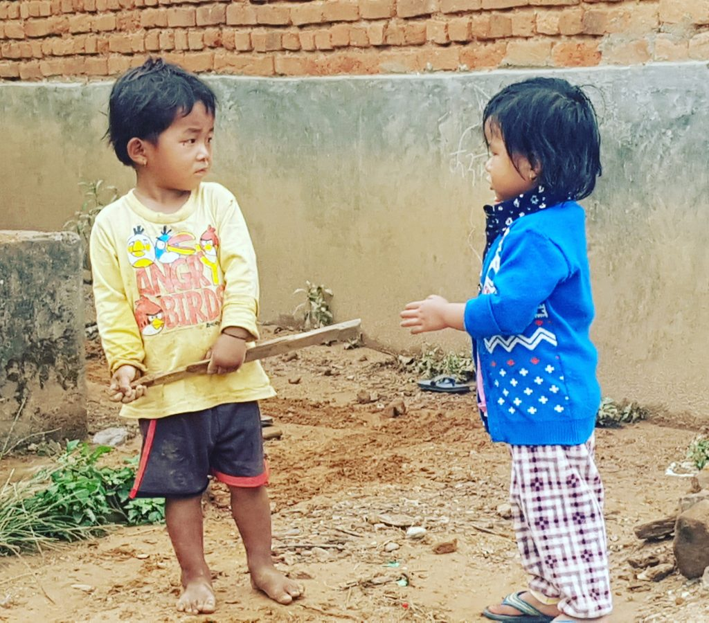 Copii sunt frumoși peste tot în Nepal