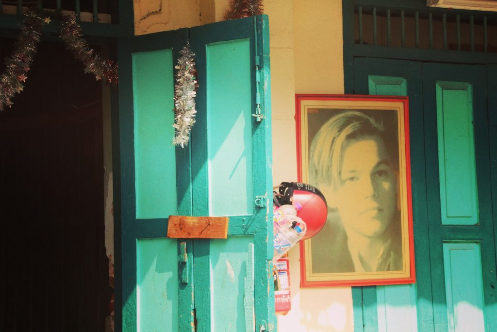 Deși au trecut 19 ani de la The Beach, thailandezii încă îl iubesc pe DiCaprio.