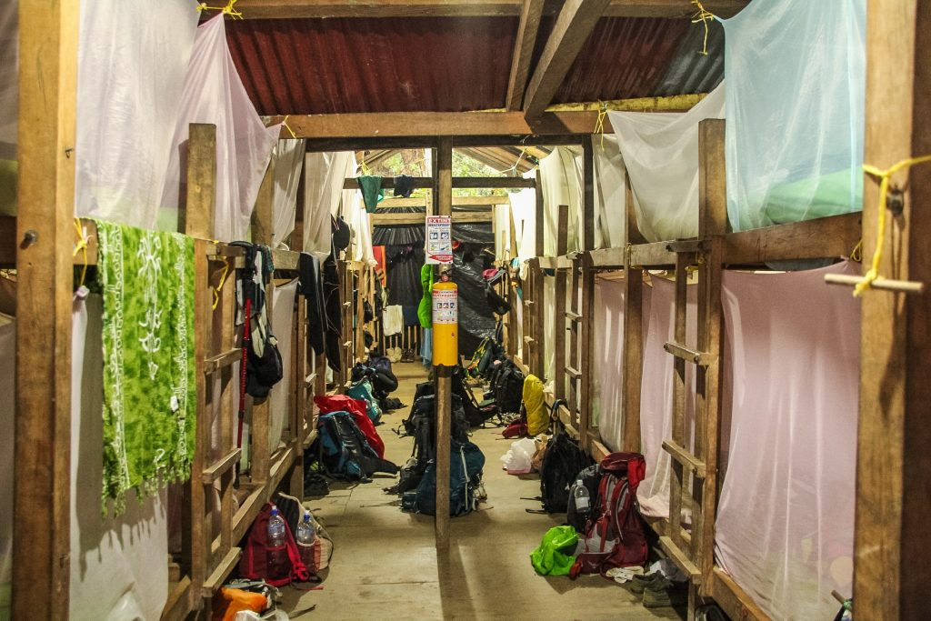 Adăposturile pe traseul la Ciudad Perdida