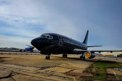 Am fost răsplătiți pentru că am decis să învingem frica de zbor - am vizitat hangarele ROMAERO.