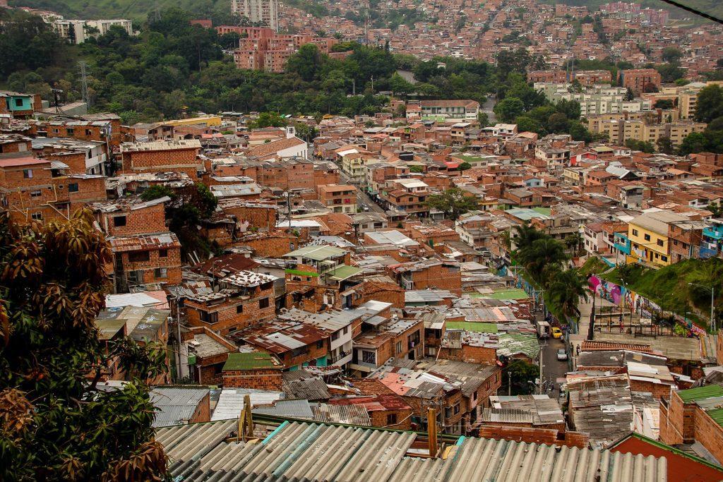 Astăzi oamenilor nu le mai este rușine să spună că vin din Comuna 13