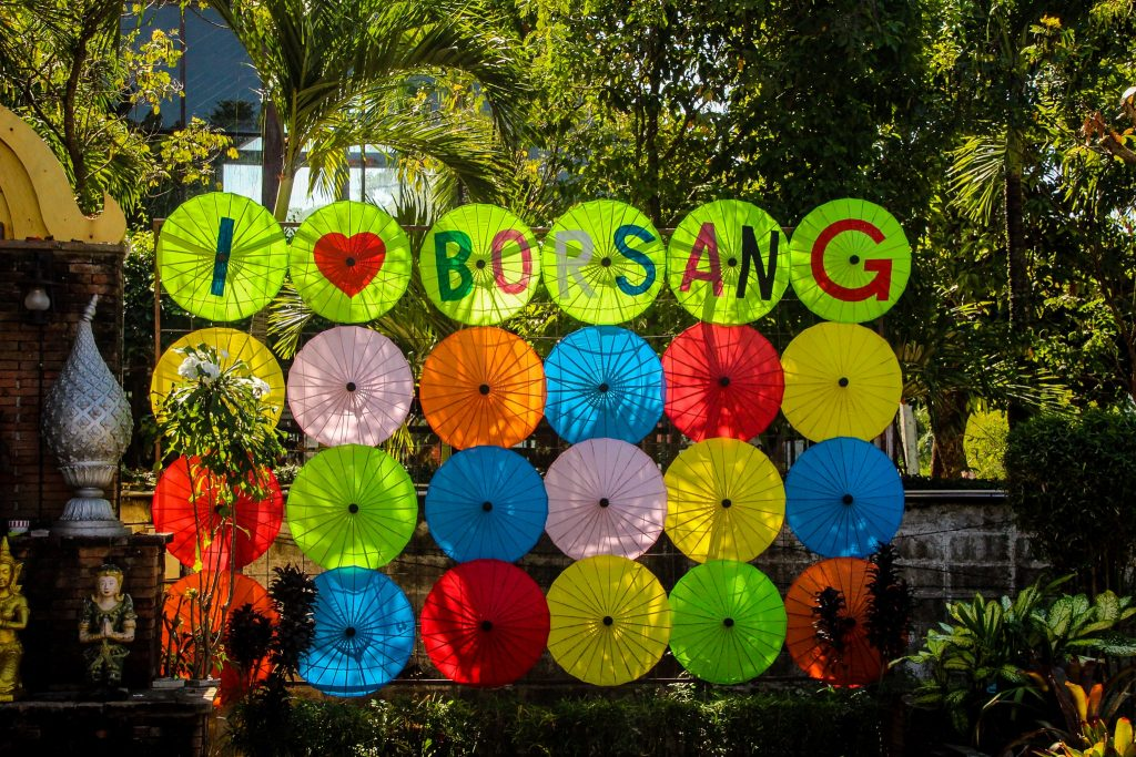Umbrelele sunt o tradiție în Bo Sang