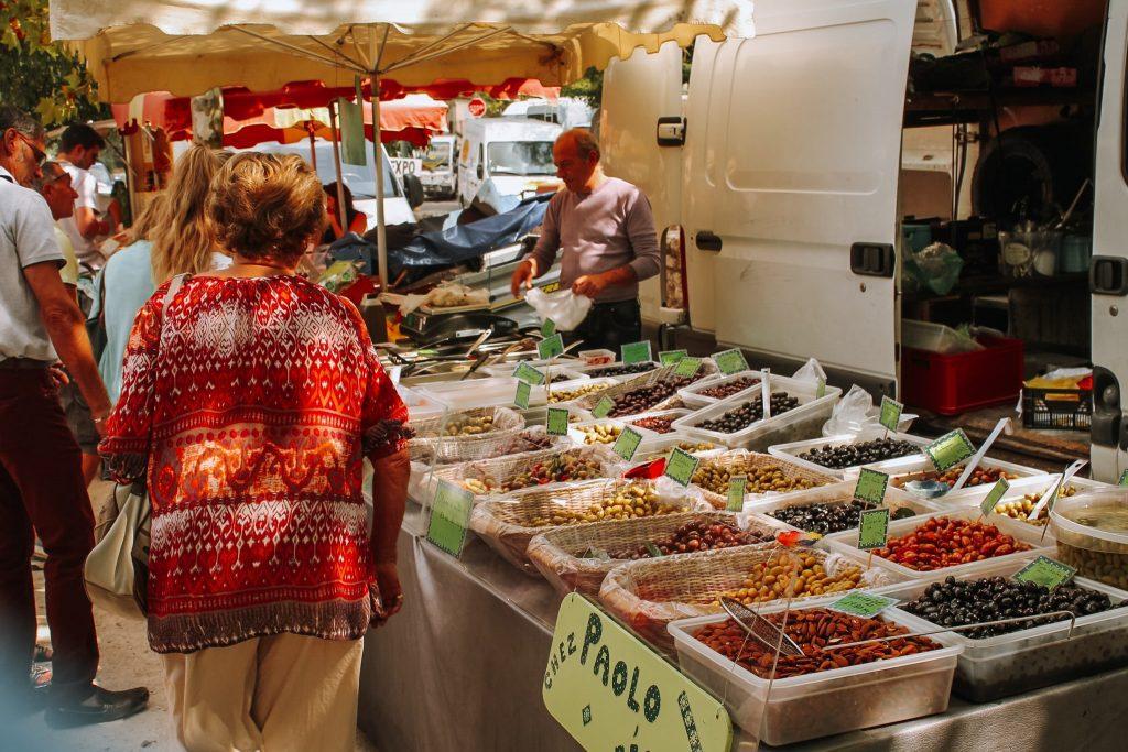 La piață, în Provence